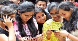 ভারতে কলেজ-বিশ্ববিদ্যালয়ে নিষিদ্ধ হল মোবাইল