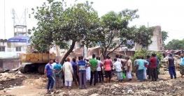 শাহজাদপুরে 'সওজ' কতৃক সহস্রাধিক অবৈধ ব্যবস্থাপনা উচ্ছেদ