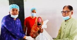 উল্লাপাড়ায় সাড়ে ৫`শ মানুষ পেলো এমপি তানভীর ইমামের ঈদের উপহার