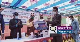 উল্লাপাড়ায় বিভিন্ন প্রতিষ্ঠানে এমপি তানভীর ইমামের উপকরণ বিতরণ