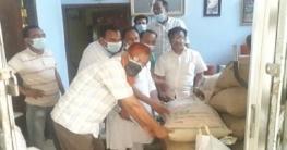সিরাজগঞ্জের মালশাপাড়ায় দুঃস্থদের মাঝে খাদ্য সামগ্রী বিতরণ