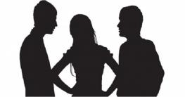 প্রেমিকের সঙ্গে ঘনিষ্ঠ অবস্থায় স্ত্রীকে দেখে ফেললেন স্বামী, অতঃপর