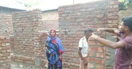 কাজিপুরে সরকারি ভাবে নির্মিত হচ্ছে দোকানবাসী মাবিয়ার স্বপ্নের ঘর