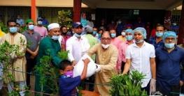 উল্লাপাড়ায় ৪ হাজার মানুষের মাঝে ঈদ উপহার দিলেন- এমপি তানভীর ইমাম