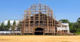 সলঙ্গায় ঠাকুর বসানোর মন্ডপ তৈরীতে ব্যস্ত কারিগররা