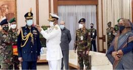 বিমানবাহিনী প্রধানের এয়ার মার্শাল র্যাঙ্ক পরিধান