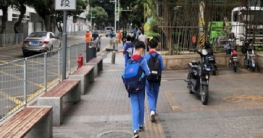 বাণিজ্যিক কোচিং সেন্টার নিষিদ্ধ ঘোষণা করল চীন