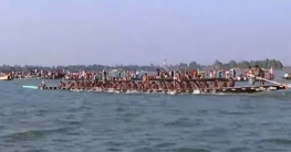 সিরাজগঞ্জের বড়াল নদীতে শুরু হয়েছে ঐতিহ্যবাহী নৌকাবাইচ